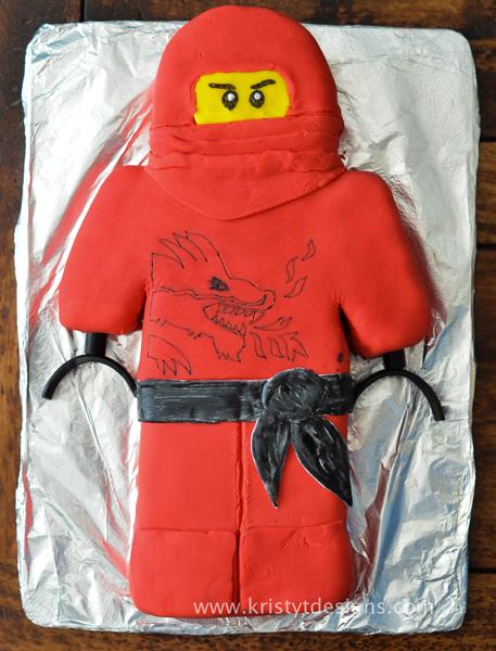 ninjago-kai-cake